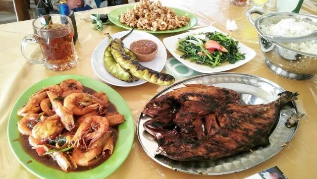 Rumah Makan Karya Bahari via IG @firmansyaharief86