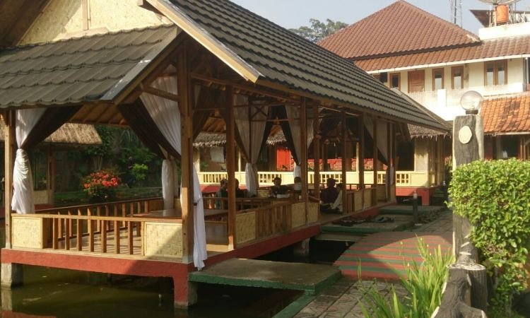 Rumah Makan Sari Cobek Cangkuang