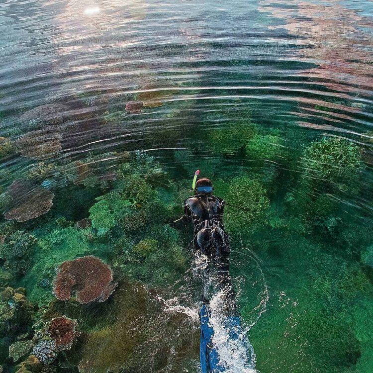 Selat Rangsang via IG @pesonakepri_ri - tempat wisata di Kepulauan Anambas