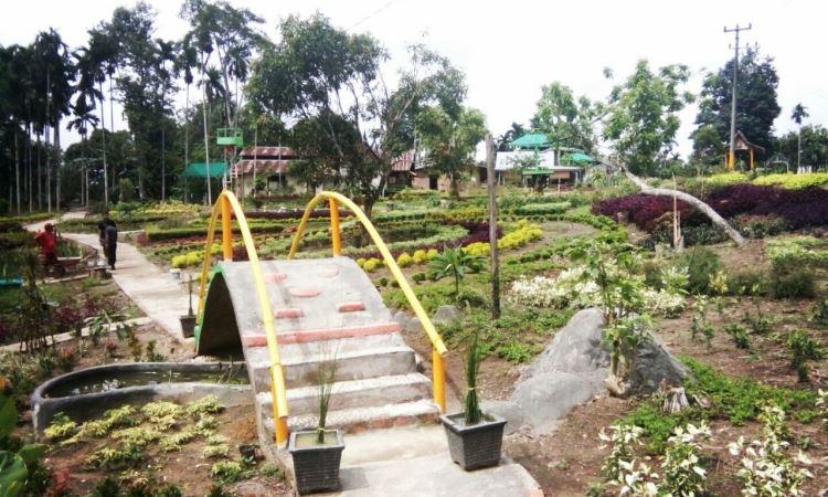Taman Bunga Talang Bukit via Thejambitimes