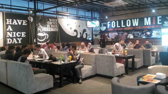 Tempat makan Follow Mie via Reporterjabar