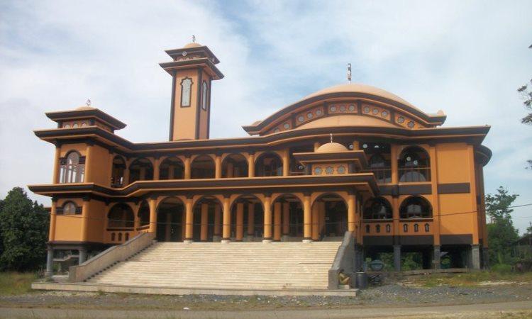 Masjid Besar Suryah Khairudin via Detik - Tempat Wisata Di Tanjung Jabung Barat