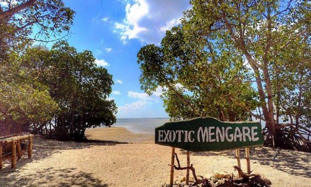Pantai Ayang-ayang Benteng Mengare Exotic