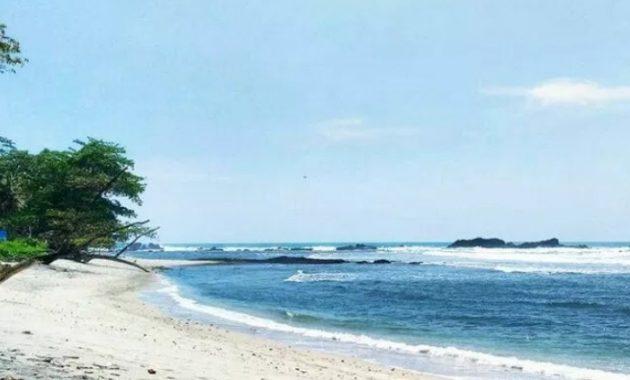 Pantai Kalipat via Dutawisata
