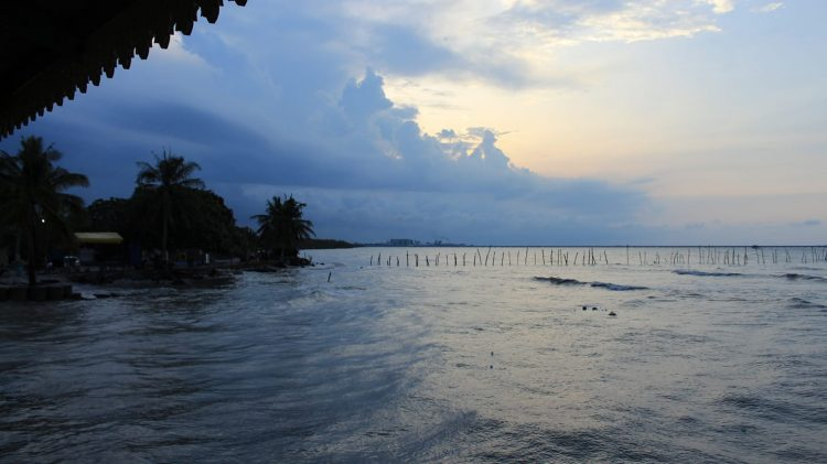 Pantai Kwala Indah via FB