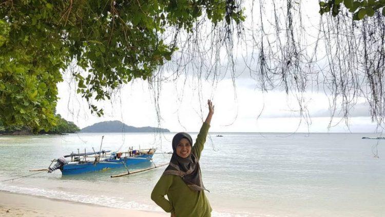 Pantai Dunu via IG @istinurwanti