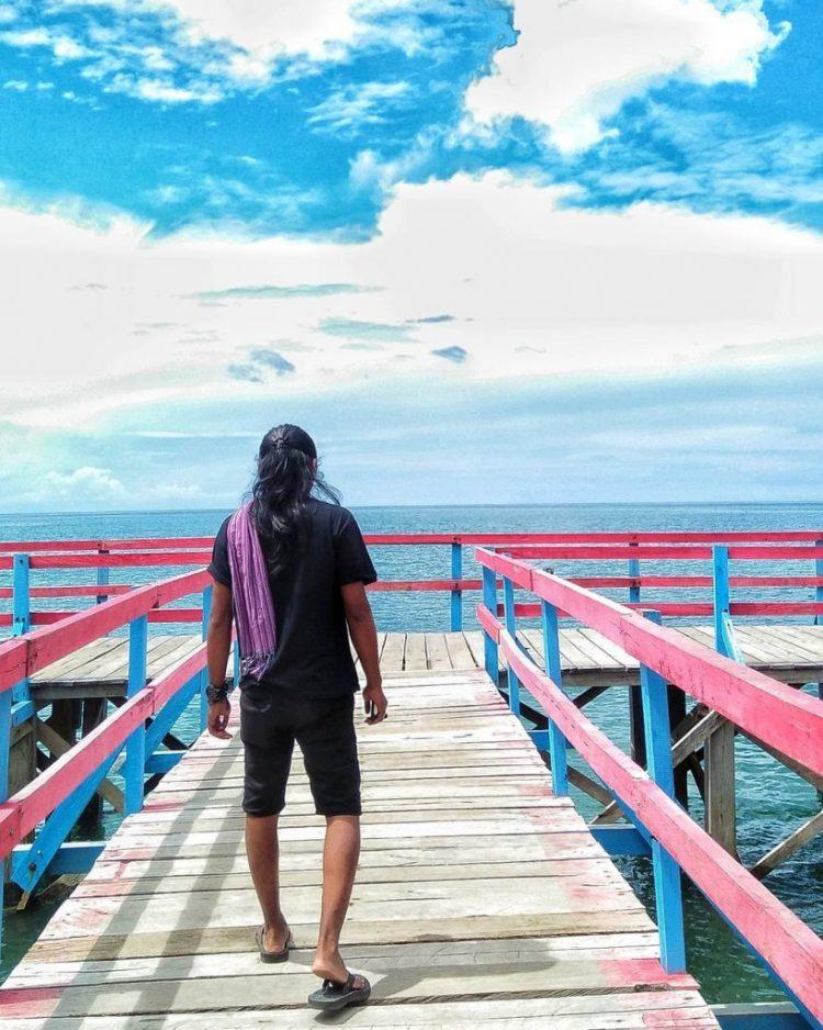Pantai Mananggu via IG @fadli9316