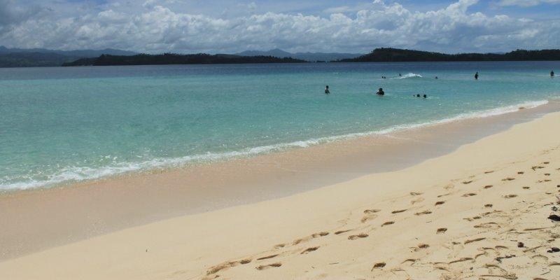 Pantai Pasir Putih Leato via Twitter @Jagalaut