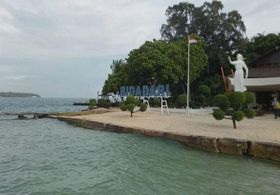 Pantai Pulau Bidadari via Pulau Seribu Traveling