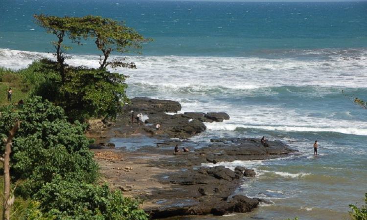 Pantai Rancabuaya via Bisnis Wisata