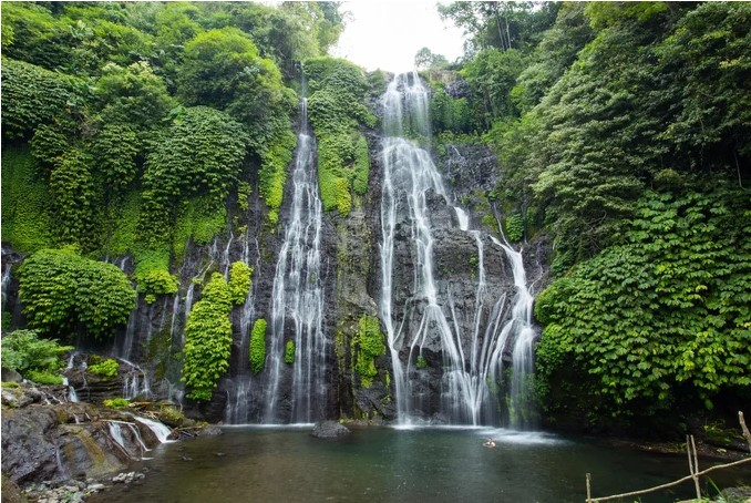 Air Terjun Banyumala by Tawatchaiwanasri on Shutterstock