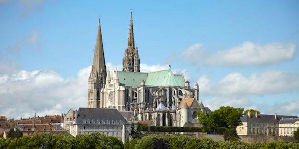 Chartres via Bonjour Paris