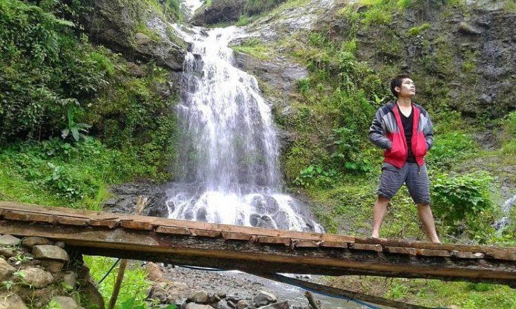 Curug Cipicung Brebes via Aziskata.blogspotcom