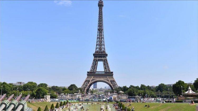 Eiffel Tower via Anadolu Agency