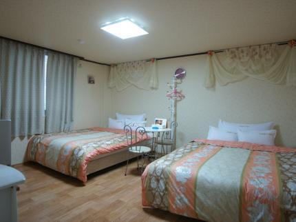 Feliz Telcon Hotel via Dnatatravel