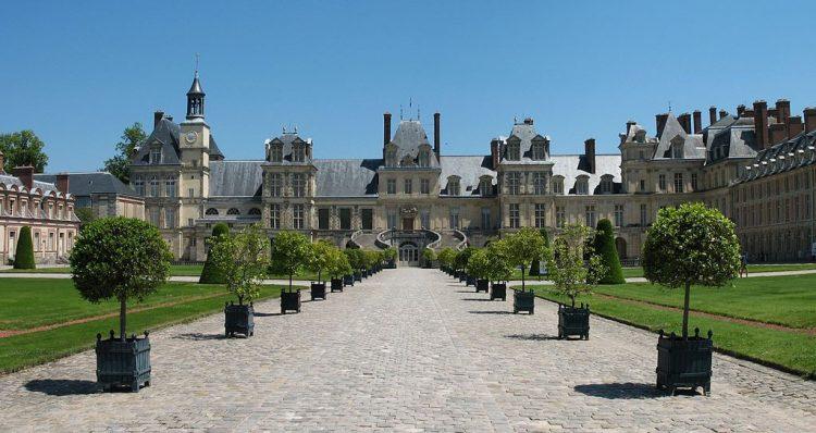 Fontainebleau via Theculturetrip