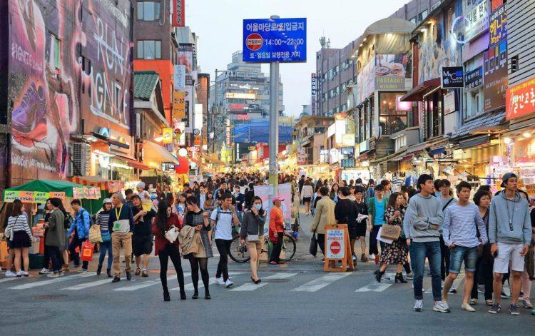 Hongdae Street via Tourkekoreanet