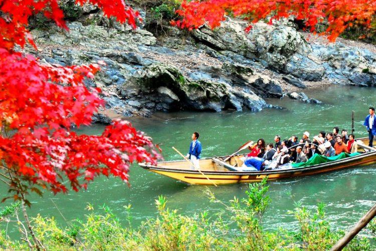 Hozugawa River Boat via Japan Travel - Tempat Wisata di Kyoto