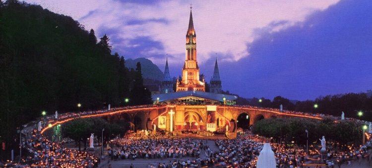 Lourdes via Nazaret Tour
