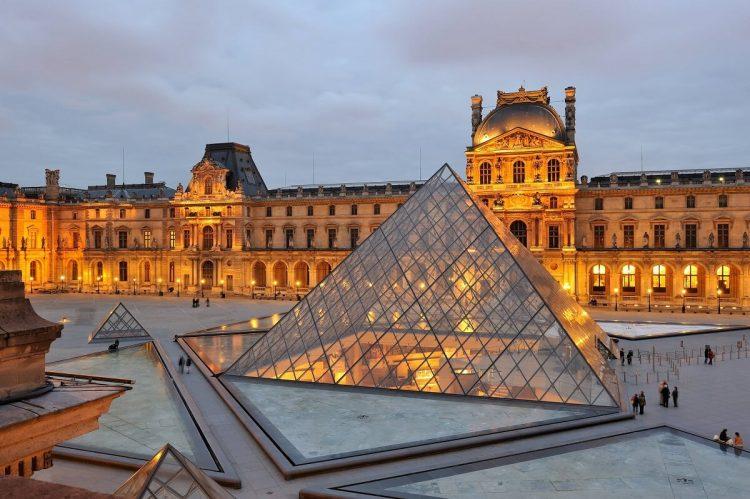Musee du Louvre via Foundtheworld