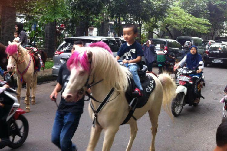 Naik Kuda via Merdeka