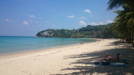 Pantai Surin via Tripadvisor