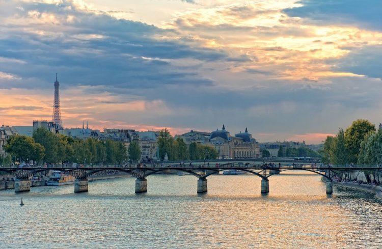 Pont des Arts via Tripsavvy