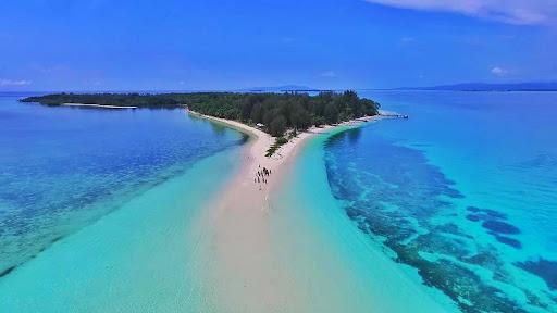 Pulau Dodola via Agolf - Wisata Indonesia Mirip Maldives