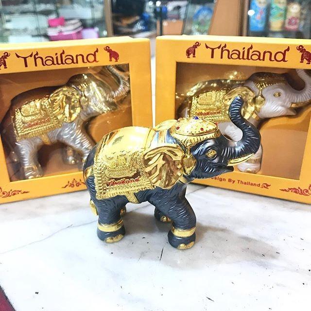 Souvenir Gajah via Tokopedia