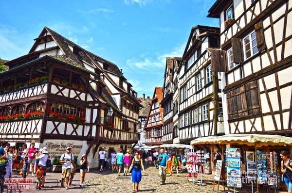 Strasbourg via detik