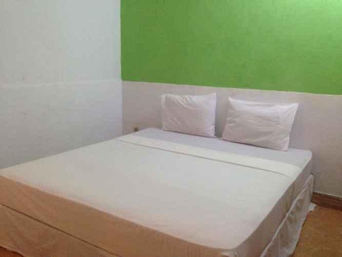 Suasana Hotel di Good For Ya Knee Hostel & Bungalows via Traveloka