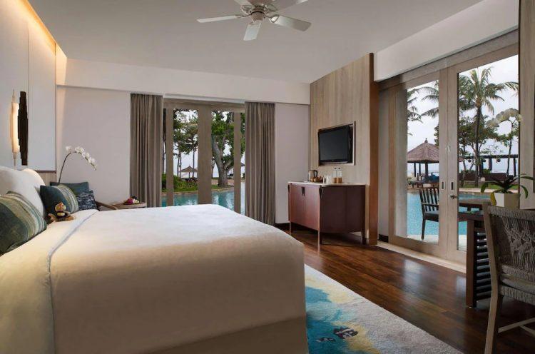 Suite dengan Kasur King dan Akses Kolam Renang - Kamar Tidur