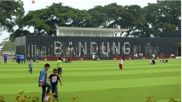 Taman Alun-Alun Bandung