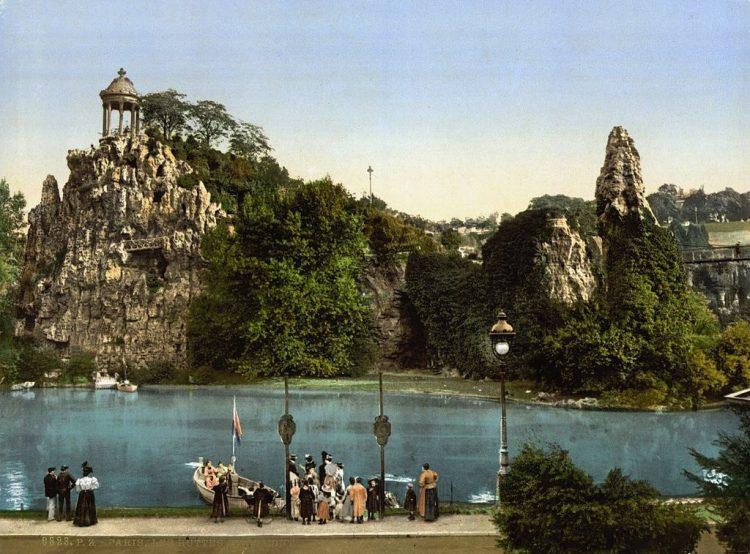Temple of Love di Parc des Buttes-Chaumont via Theculturetrip