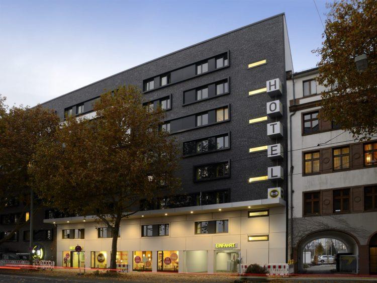B&B Hotel Frankfurt City-Ost via Trivago