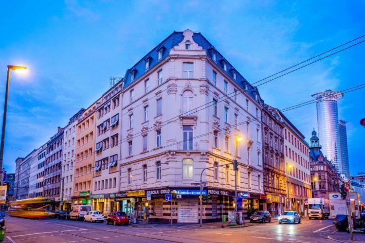 Comfort Hotel Frankfurt City Center via booking
