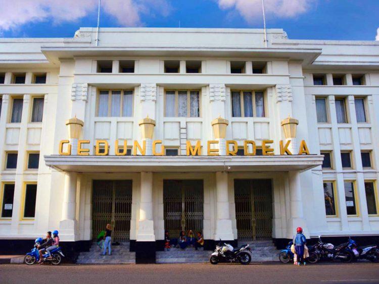Gedung Merdeka Foto by Ikung Adiwar