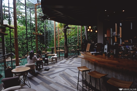 Interior 180 Coffee & Music via JKTDelicacy via Anakjajan
