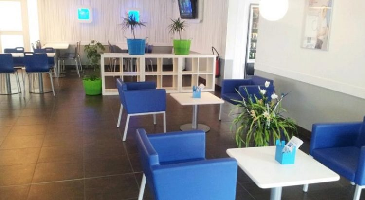 Lounge dan lobby, via booking