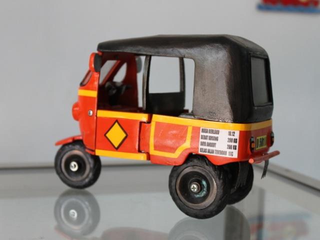 Miniatur Bajaj