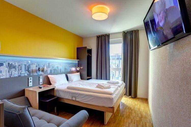 Room Meininger Hotel Frankfurt Main Messe via Tripadvisor